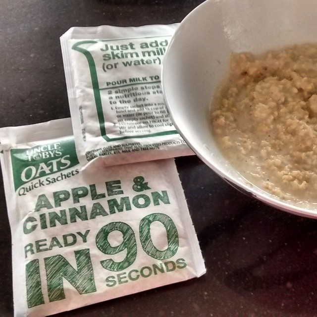 Apple and cinnamon Quick oats #gifted @nuffnangau
